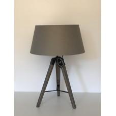 Lampa stojící - trojnožka, béžové stínítko -50%